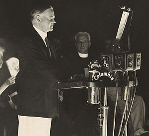 1932 Republican National Convention - Hoover accepts his nomination from Washington