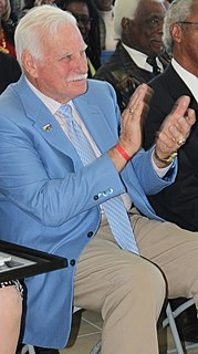 Howard Schnellenberger American football coach