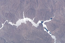 image illustrative de l'article Barrage de Piedra del Águila