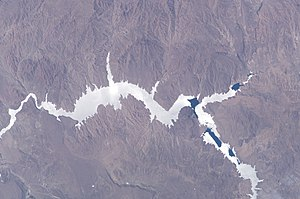 Piedra del Águila Dam - Piedra del Águila reservoir, photographed from the ISS. The dam is located on the left of the picture (north = lower left corner).