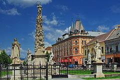 Andrášiho palác a súsošie Immaculata 51fc8353ec1