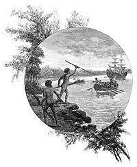 ภาพพิมพ์ลายแกะสมัยคริสต์ศตวรรษที่ 19 (พ.ศ. 2344 – 2443) แสดงภาพชนพื้นเมืองออสเตรเลียต่อต้านการมาถึงของกัปตันเจมส์ คุก เมื่อ พ.ศ. 2313