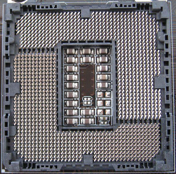 605px-Intel_Socket_1155.jpeg