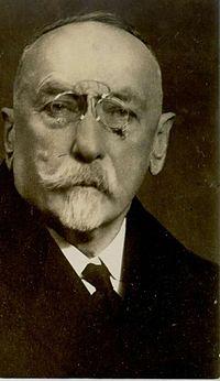 Ivan Hribar (2).jpg