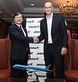 Jetstar Group and Vietnam Airlines partnership in Jetstar Pacific (6915869157).jpg