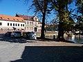 Jinonický rybník, z ulice U jinonického rybníčka ke Karlštejnské.jpg