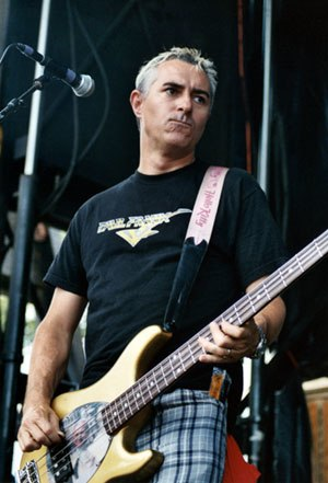 Joe Escalante - Escalante performing with The Vandals on the 2004 Warped Tour in Noblesville, Indiana.