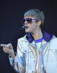 Justin Bieber, April 2011.jpg