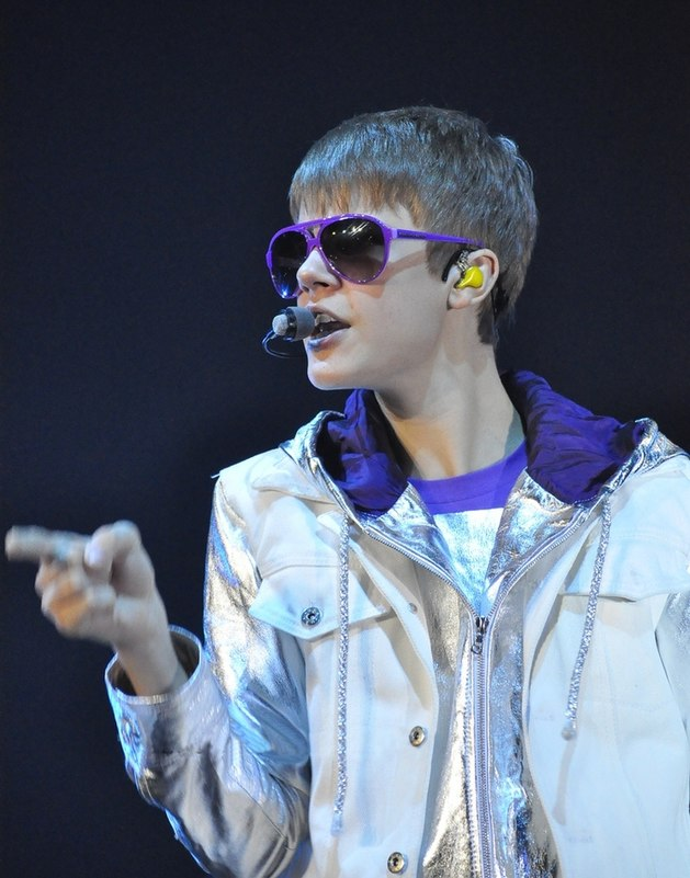 Did Justin Bieber Tweet 'Boyfriend' Lyrics?