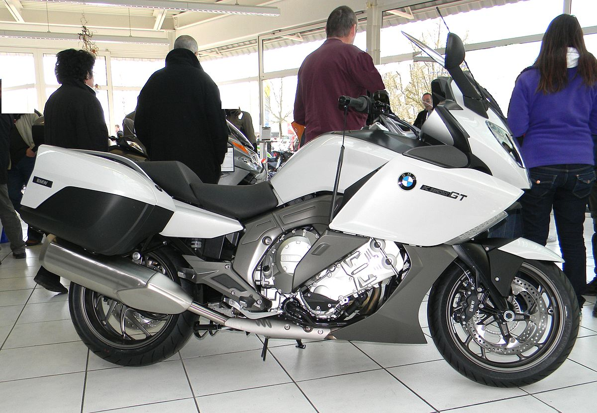 Custom Motorcycle With A Twin Turbo Bmw V further Bmw Rni  Racer Intermot additionally Bmw R R Driveshaft as well Cb Da besides P. on bmw shaft drive motorcycles