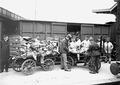 Kaputte Pakete für Kriegsgefangene werden repariert - CH-BAR - 3240150.tif