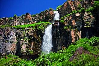 Kasagh River - Kasagh waterfall