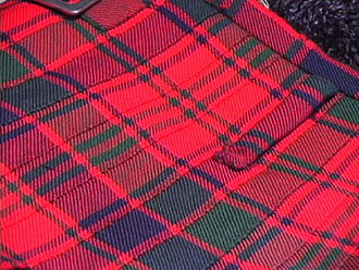 Kilt - Stitching on the fell of a kilt (Robertson Red Modern)