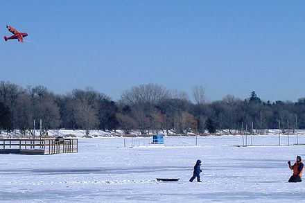 Lake Harriet frozen and snow-covered in winter Kites-Lake Harriet-Minneapolis-20070120.jpg