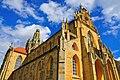 Klášter benediktýnů Kladruby kostel s korunou.jpg