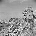 Kuststrook bij Caesarea met archelogische muurresten, Bestanddeelnr 255-1487.jpg