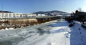 Kysuca river in Čadca (winter).jpg