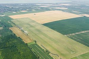 Siófok-Kiliti Airport - Image: LHSK látkép