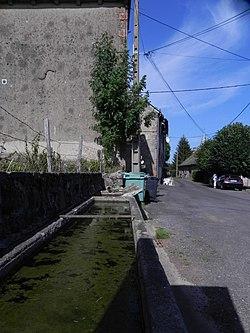 La Chapelle, au cœur du parc des volcans d'Auvergne, dans le département du Cantal. - panoramio (1).jpg