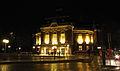 Laeiszhalle Hamburg -- Außenansicht bei Nacht.JPG