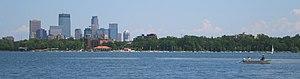Central, Minneapolis - Image: Lake Calhoun Minneapolis 2006 07 22 crop 2