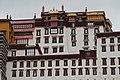 Lhasa-Potala-18-Weisser Palast-2014-gje.jpg