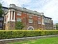 London-Woolwich, Royal Arsenal, Wellington Park, Shell Foundry Gate 02.jpg