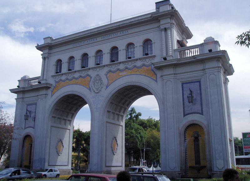 File:Los Arcos, Guadalajara.jpg