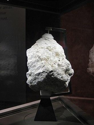Feldspar - Image: Lunar Ferroan Anorthosite (60025)
