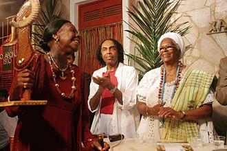 Mãe-de-santo - Candomblés' Iyalorishás Olga de Alaketu and Stella de Oxóssi with Gilberto Gil, a Brazilian singer former Minister of Culture.