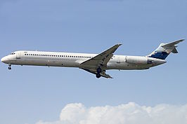 MD-83 Bukovyna Airlines UR-BXN THR May 2010.jpg