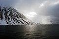Magdalenefjorden 2013 06 07 3539 (10163254223).jpg