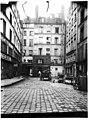 Maison - Façade sur cour - Paris 01 - Médiathèque de l'architecture et du patrimoine - APMH00037457.jpg