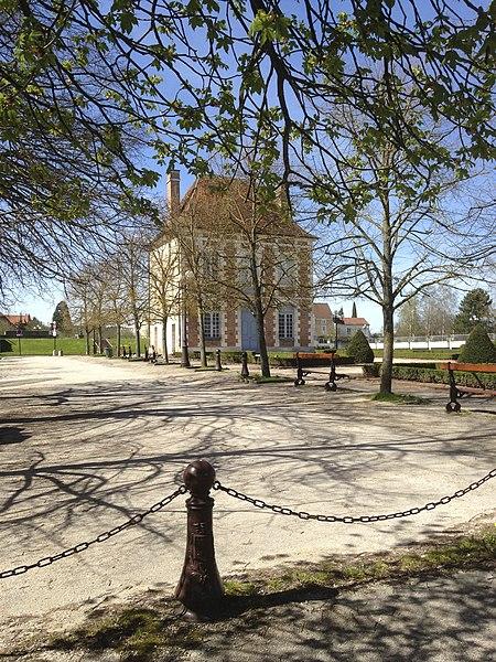Maison de l'Arquebuse à Auxerre. Place de l'Arquebuse.