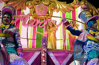 Maria Bethânia - Maria Bethânia parades for Mangueira at the carnival of 2016.