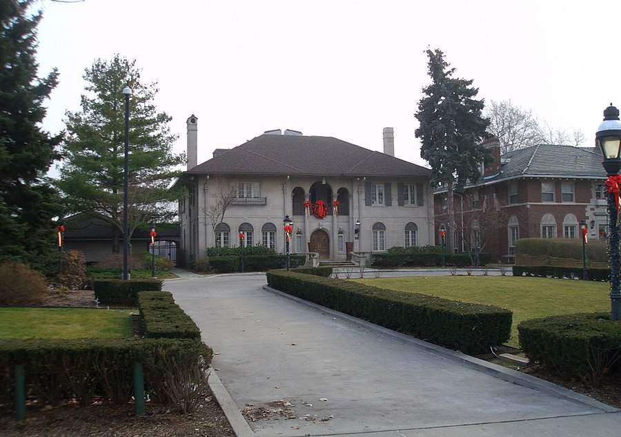 Manoogian Mansion