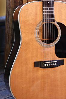 Yamaha Mahogany Guitar