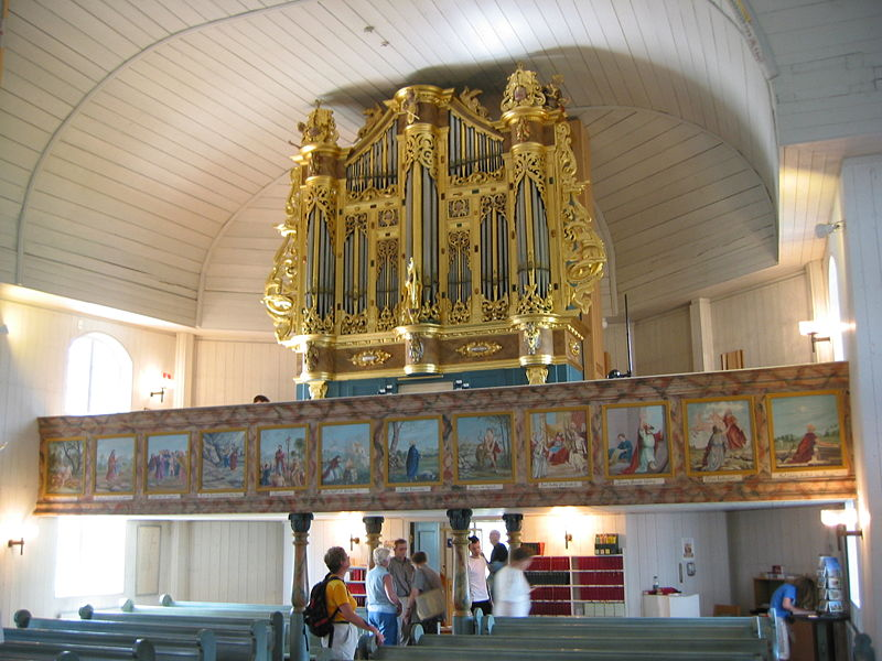 Bild:Matarengi Church organ.jpg