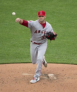 9a2b97de48d Matt Harvey - Wikipedia