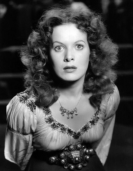 O'Hara in The Hunchback of Notre Dame (1939) Maureen O'Hara as Esmerelda 2.jpg