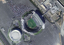 Description de l'image Mccafee Oakland Raid satellite view.png.