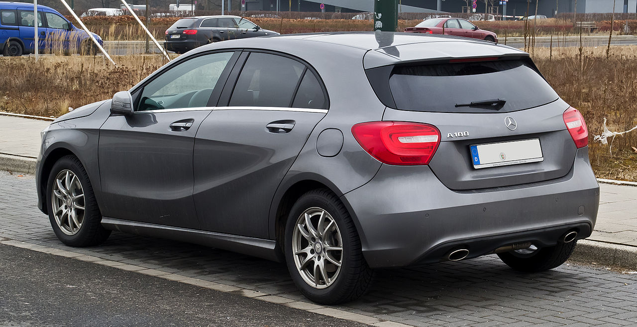 datei:mercedes-benz a 180 blueefficiency urban (w 176) – heckansicht
