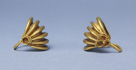 """Pair of Basket-Shaped Hair Ornaments"", c. 2000 BC. Mesopotamian - Pair of Basket-Shaped Hair Ornaments - Walters 572064, 572065.jpg"