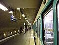 Metro Paris - Ligne 2 - Porte Dauphine (4).jpg