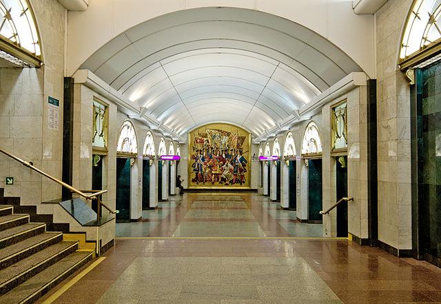 «Звенигородскую» закрывали навход ивыход