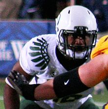 Description de l'image  Michael Clay, Oregon LB, 2010.jpg.