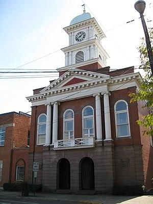 Snyder County, Pennsylvania - Image: Middleburg, Pennsylvania (4036369885)