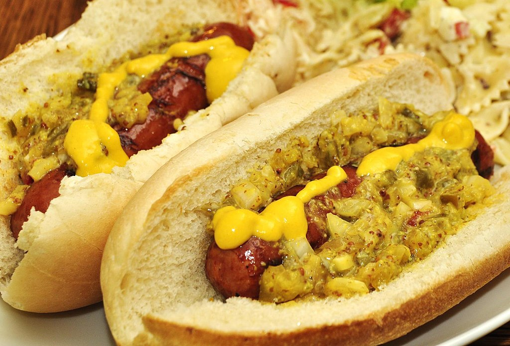 File:Mmm... hot dogs on the 4th of July (5902859455) (2 ...