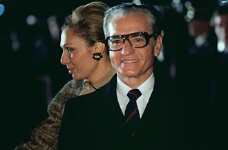 Background and causes of the Iranian Revolution - Mohammad Reza Pahlavi and Queen Farah
