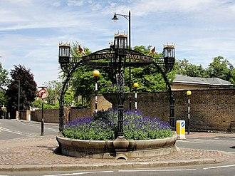 Thomas Edward Collcutt - Image: Monument Against Cruelty to Animals